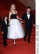 Nicole Kidman, Sunny Suljic, Barry Keoghan during the 'Mise a mort du cerf sacre' premiere at 70th Cannes Film Festival, Cannes, 22/05/2017. Редакционное фото, фотограф AGF/Maria Laura Antonelli / age Fotostock / Фотобанк Лори