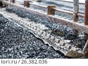 Купить «Industrial tinning of wire. Bath with molten solder», фото № 26382036, снято 3 апреля 2017 г. (c) Андрей Радченко / Фотобанк Лори