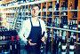 male seller in wine store, фото № 26430568, снято 28 июля 2017 г. (c) Яков Филимонов / Фотобанк Лори