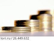 Купить «Монеты, сложенные в столбики. Концепция роста доходов», фото № 26449632, снято 21 сентября 2012 г. (c) Сергеев Валерий / Фотобанк Лори