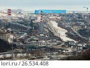 Купить «Краснодарский край, Туапсе, вид сверху на промзону в центральной части города», фото № 26534408, снято 20 сентября 2018 г. (c) glokaya_kuzdra / Фотобанк Лори