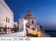 Церковь Агиос Минас (Agios Minas) в городе Фира, Санторини, Греция, фото № 26546488, снято 10 июня 2017 г. (c) Наталья Волкова / Фотобанк Лори