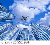 Купить «Plane encircled by buildings», фото № 26552264, снято 18 марта 2018 г. (c) Яков Филимонов / Фотобанк Лори