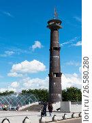 Купить «Башня-маяк в парке 300-летия Санкт-Петербурга», эксклюзивное фото № 26580280, снято 25 июня 2017 г. (c) Александр Щепин / Фотобанк Лори