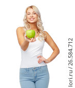 happy beautiful young woman with green apple. Стоковое фото, фотограф Syda Productions / Фотобанк Лори
