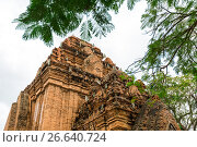 Купить «Old Vietnamese temple Tyam towers Po Nagar, Cham tower, Nha Trang», фото № 26640724, снято 17 января 2017 г. (c) Сергей Тимофеев / Фотобанк Лори