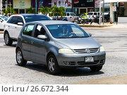 Купить «Volkswagen Lupo», фото № 26672344, снято 16 мая 2017 г. (c) Art Konovalov / Фотобанк Лори