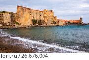 Купить «Medieval Royal castle in Collioure», фото № 26676004, снято 11 мая 2017 г. (c) Яков Филимонов / Фотобанк Лори