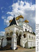 Купить «Trinity cathedral in Ipatievsky monastery», фото № 26702132, снято 30 июля 2015 г. (c) ElenArt / Фотобанк Лори