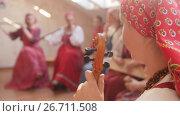Russian ethnic ensemble performs folk songs. Стоковое видео, видеограф Константин Шишкин / Фотобанк Лори