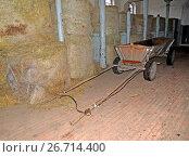 Хранение сена в здании конного завода. Кентшин, Польша (2014 год). Стоковое фото, фотограф Ирина Борсученко / Фотобанк Лори