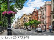 Купить «Санкт-Петербург. Каменноостровский проспект», фото № 26773948, снято 11 июля 2017 г. (c) Baturina Yuliya / Фотобанк Лори
