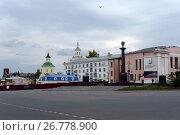 Купить «Красная площадь в центре г. Ельца», фото № 26778900, снято 9 сентября 2014 г. (c) Free Wind / Фотобанк Лори