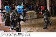 Купить «Player in blue mask is targeting in contestant», фото № 26802832, снято 10 июля 2017 г. (c) Яков Филимонов / Фотобанк Лори