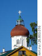 Купить «Вознесенская церковь-маяк на Секирной горе на Большом Соловецком острове», фото № 26803016, снято 16 августа 2017 г. (c) Natalya Sidorova / Фотобанк Лори