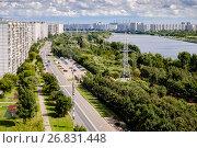 Купить «Москва, Марьино, парк имени 850-летия Москвы», фото № 26831448, снято 24 августа 2017 г. (c) glokaya_kuzdra / Фотобанк Лори