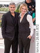 Купить «69th Cannes Film Festival - 'Money Monster' - Photocall Featuring: George Clooney, Julia Roberts Where: Cannes, France When: 12 May 2016 Credit: Euan Cherry/WENN.com», фото № 26861872, снято 12 мая 2016 г. (c) age Fotostock / Фотобанк Лори