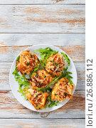 Купить «Stuffed chicken breast on white dish with fresh arugula», фото № 26886112, снято 24 октября 2016 г. (c) Oksana Zh / Фотобанк Лори