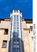 Купить «External lift, typical for Saint-Petersburg», фото № 26907444, снято 19 марта 2015 г. (c) EugeneSergeev / Фотобанк Лори