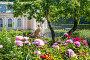 Фонтан в саду Fountain in the Garden, фото № 26950232, снято 10 июля 2017 г. (c) Baturina Yuliya / Фотобанк Лори