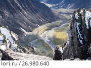 The Subpolar Urals. The view from the high mountains and cliffs in the valley of the river. Стоковое фото, фотограф Игорь Дудырев / Фотобанк Лори