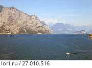 Купить «Озеро Гарда. Сирмионе. Италия», фото № 27010516, снято 5 сентября 2017 г. (c) Сергей Афанасьев / Фотобанк Лори