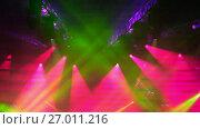 Купить «Stage lights at live concert», видеоролик № 27011216, снято 25 сентября 2018 г. (c) Антон Гвоздиков / Фотобанк Лори