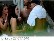 Купить «Manchester United footballer Jesse Lingard enjoys the end of the football season as he parties poolside in Miami. The striker is said to have jetted off...», фото № 27017640, снято 4 июня 2016 г. (c) age Fotostock / Фотобанк Лори