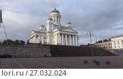 Купить «Вид на собор святого Николая облачным сентябрьским вечером. Хельсинки, Финляндия», видеоролик № 27032024, снято 16 сентября 2017 г. (c) Виктор Карасев / Фотобанк Лори