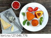 Купить «deep fried arancini - classic italian cuisine», фото № 27046776, снято 8 сентября 2017 г. (c) Oksana Zh / Фотобанк Лори