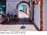 Купить «Rua da Barroca, old town of Lagos, Algarve, portugal, Europe», фото № 27071412, снято 22 августа 2017 г. (c) age Fotostock / Фотобанк Лори