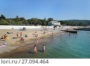 Купить «Село Дивноморское, пляж военного санатория», эксклюзивное фото № 27094464, снято 19 сентября 2017 г. (c) Dmitry29 / Фотобанк Лори