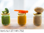 Купить «vegetable puree or baby food in glass jars», фото № 27141732, снято 21 февраля 2017 г. (c) Syda Productions / Фотобанк Лори
