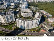 Купить «Москва, Бирюлёво Восточное, микрорайон Загорье, вид сверху», фото № 27163216, снято 22 сентября 2015 г. (c) glokaya_kuzdra / Фотобанк Лори