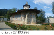 Купить «Church of Voronet Monastery is masterpiece of Bucovina painted churches», видеоролик № 27193996, снято 7 октября 2017 г. (c) Яков Филимонов / Фотобанк Лори