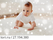 Купить «little baby in diaper crawling on floor at home», фото № 27194380, снято 12 июля 2016 г. (c) Syda Productions / Фотобанк Лори