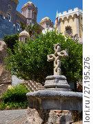 Купить «Twisted cross in the courtyard of the Pena Palace. Sintra. Portugal», фото № 27195276, снято 3 июля 2016 г. (c) Serg Zastavkin / Фотобанк Лори