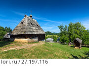 Купить «Old house in ethno village in Serbia», фото № 27197116, снято 23 июня 2017 г. (c) Михаил Коханчиков / Фотобанк Лори