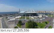 Купить «Стадион «Санкт-Петербург» на Крестовском острове. Двухъярусные парковки, опоясывающие стадион с юга на север.», видеоролик № 27205556, снято 14 ноября 2017 г. (c) Кекяляйнен Андрей / Фотобанк Лори