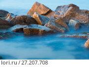 Sea rocks in mist at dusk. Стоковое фото, фотограф Яков Филимонов / Фотобанк Лори