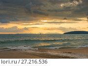 Купить «orange sunset in Thailand in golden tones, beautiful clouds over the sea», фото № 27216536, снято 9 ноября 2016 г. (c) Константин Лабунский / Фотобанк Лори