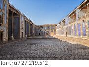Купить «Khan Palace Tash-Hauli, a harem for wives and concubines, Khiva, Uzbekistan», фото № 27219512, снято 20 октября 2016 г. (c) Юлия Бабкина / Фотобанк Лори