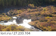 Купить «Грузовик пересекает реку Куркурек на Алтае / Very old russian truck crossing river Kurkurek on Altai mountain plateau Eshtykel», видеоролик № 27233104, снято 8 ноября 2017 г. (c) Serg Zastavkin / Фотобанк Лори