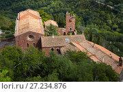 Купить «Castell de Escornalbou lost in mountains of Riudecanyes», фото № 27234876, снято 24 сентября 2016 г. (c) Яков Филимонов / Фотобанк Лори