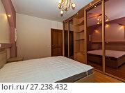 Купить «Cozy Bedroom», фото № 27238432, снято 19 августа 2018 г. (c) М / Фотобанк Лори