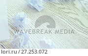 Executive writing on paper 4k. Стоковое видео, агентство Wavebreak Media / Фотобанк Лори