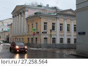 Москва, Сверчков переулок при пересечении улица Девяткин переулок (2016 год). Редакционное фото, фотограф Дмитрий Неумоин / Фотобанк Лори