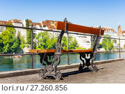 Купить «Empty bench at the Rhine embankment in Basel», фото № 27260856, снято 26 мая 2017 г. (c) Сергей Новиков / Фотобанк Лори