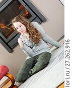 Купить «Pensive teenager girl», фото № 27262916, снято 26 января 2013 г. (c) Михаил Лавренов / Фотобанк Лори