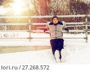 Купить «sports man doing triceps dips at fence in winter», фото № 27268572, снято 10 ноября 2016 г. (c) Syda Productions / Фотобанк Лори
